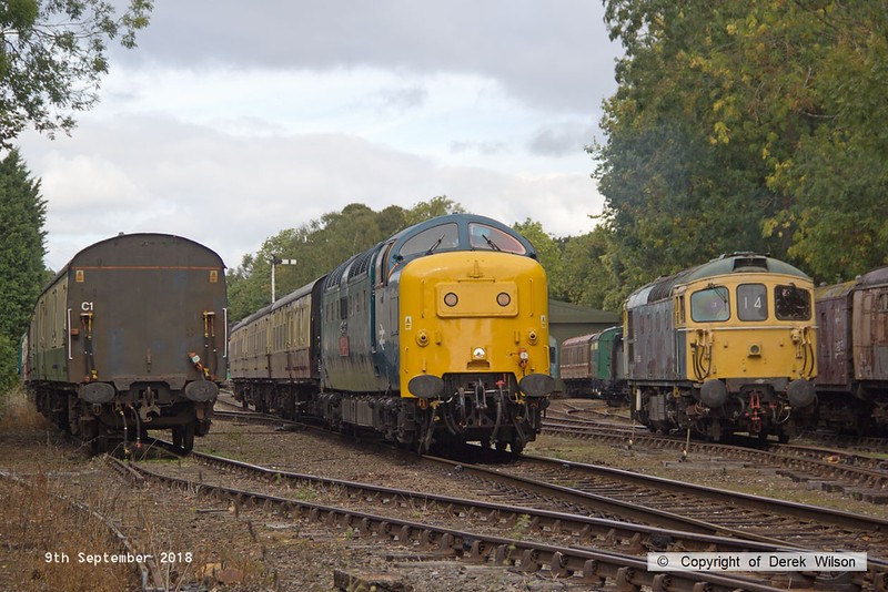180909-046  English Electric 'Deltic' type 5 (class 55) No. 55019 Royal Highland Fusilier arriving at it's destination with 2C17, the 12:10 Loughborough - Rothley Brook. To the right is D6535, stabled between duties.