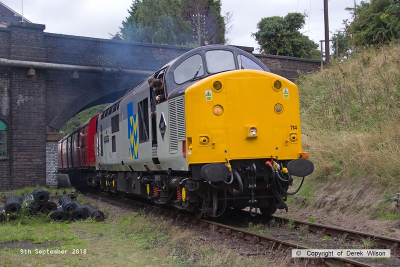 180909-038  Class 37 No. 37714 Cardiff Canton pulls away from Rothley with the TPO set in tow, 3D11, 11:35 Rothley Brook- Loughborough.