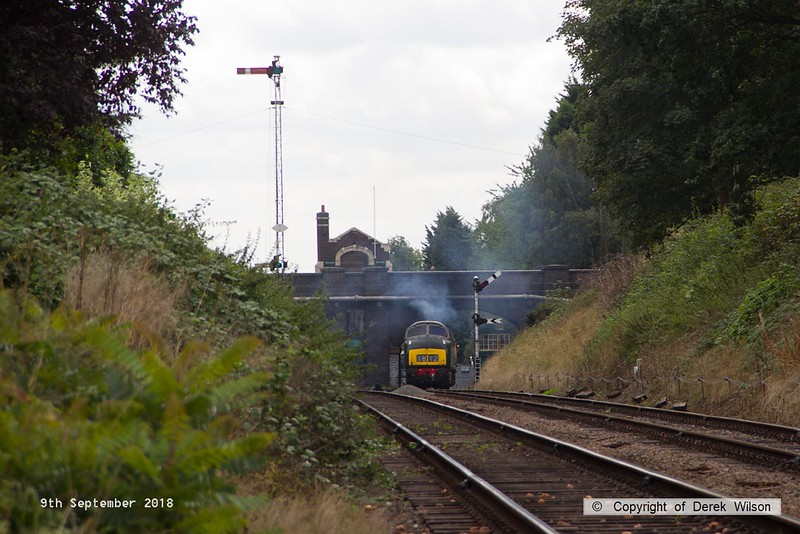 80909-026  BR 'Warship' type 4 (class 42) No. D832 Onslaught, seen pulling away from Rothley with 2DO7, the 11:18 Rothley Brook- Loughborough.