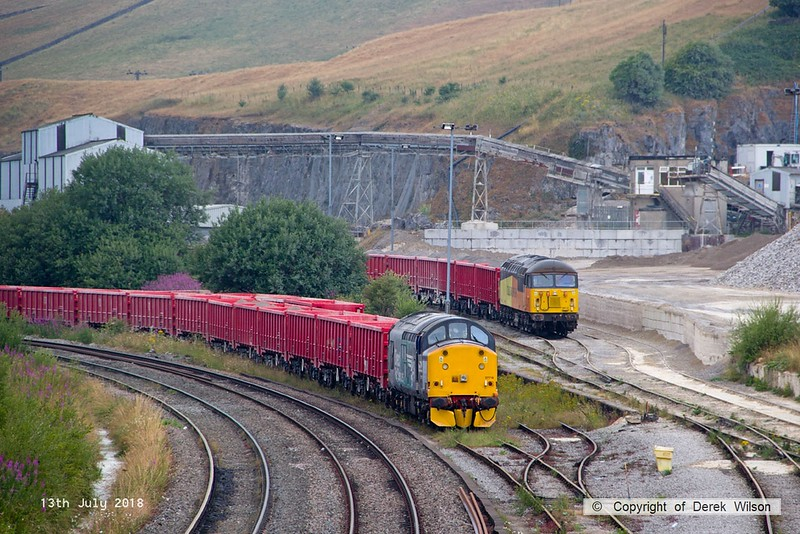 180713-068  DRS class 37/7 No. 37716 & Colas Rail Freight class 56 No. 56113, both stabled at Peak Forest.