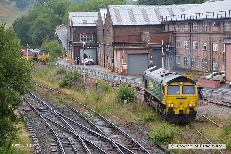 180713-059  Freightliner class 66/6 No. 66605 is seen departing Tunstead light engine. Also in the shot is stablemate 66616 & DB Cargo class 60 No. 60062 Stainless Pioneer.