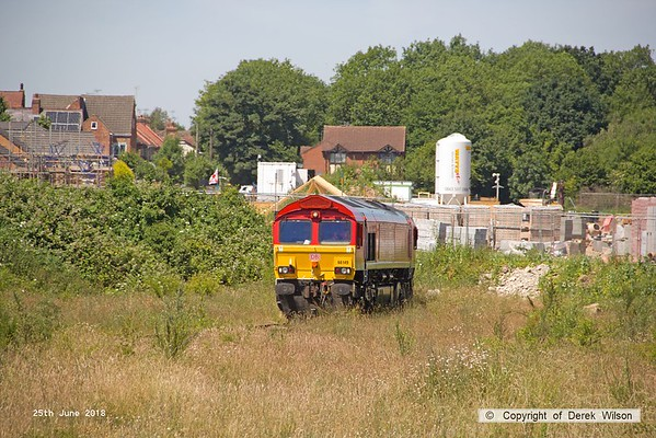 160625-021  DB Cargo class 66/0 No. 66149 waits at the end of the exchange siding at W.H. Davis's, Shirebrook.