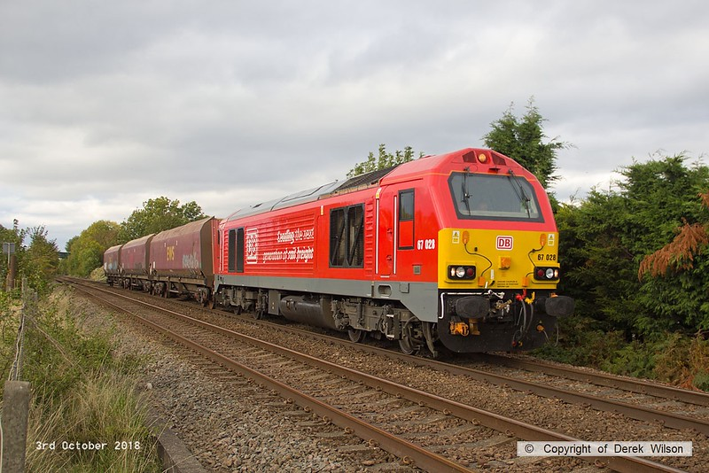 181003-010  DB Cargo class 67 No. 67028 passing Vale Road, Mansfield Woodhouse, powering train 4Z21, 16:16 Shirebrook, WH Davis - Toton North Yard. In tow are three HTA hoppers that were being returned to Toton, four were taken to Davis's but they only required one!!