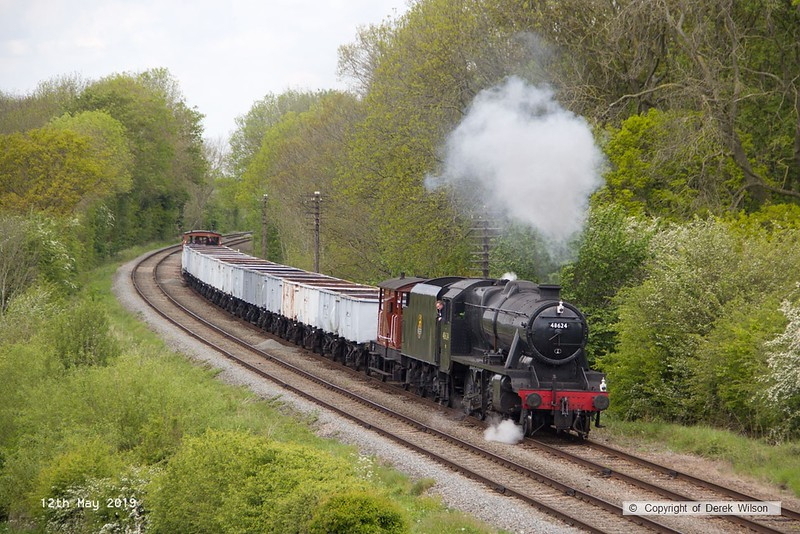 190512-040  LMS Stanier 8F 2-8-0 No. 48624 eith the mineral wagons, seen passing Kinchley Lane, running as 7C28, 13:10 Loughborough - Swithland.