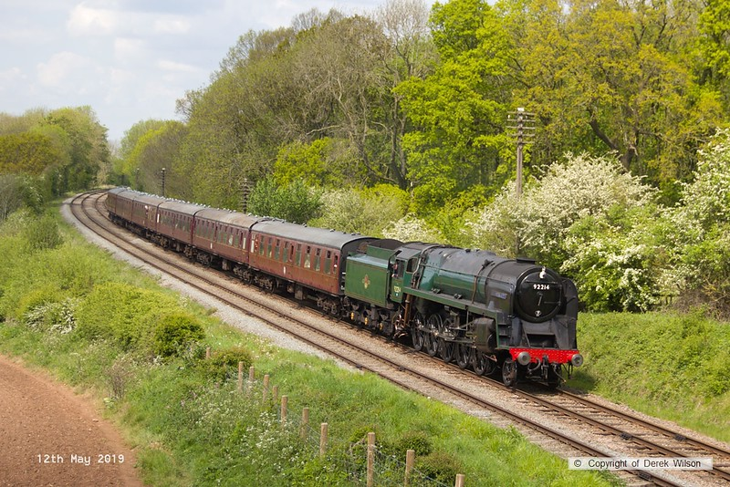 190512-048  BR 9F 2-10-0 No. 92214 Leicester City is seen passing Kinchley Lane with 2A30, 13:45 Loughborough - Leicester North.