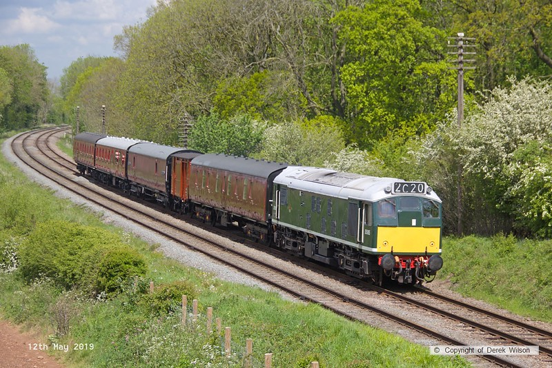 190512-031  BR type 2, class 25 No. D5185 passing Kinchley Lane, powering 2C20, 12:03 Loughborough - Rothley Brook.