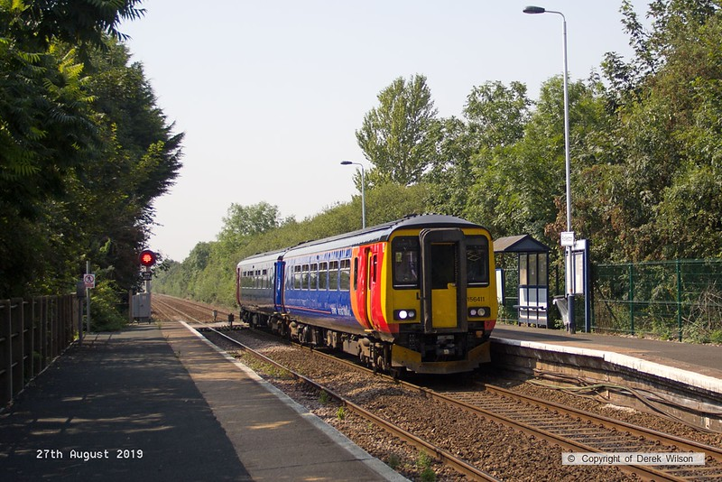 190827-001  East Midlands Railway class 156 unit No. 156411 is seen speeding through Rolleston with  2L67, the 11:30 Leicester - Lincoln.