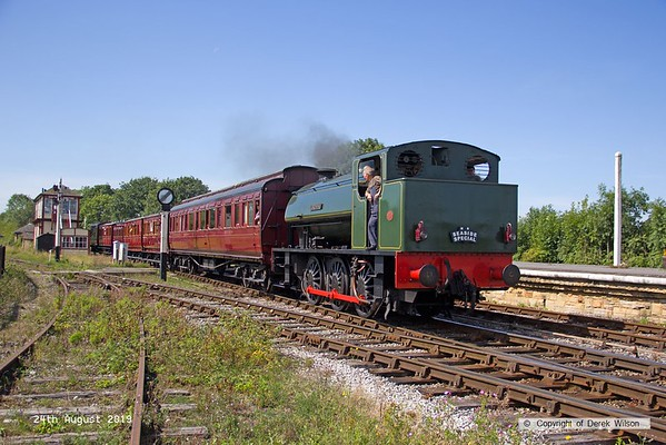 190824-006  Hunslet austerity 0-6-0ST No. 3883 Lord Phil pulling in to Swanwick Junction with the vintage train stock.