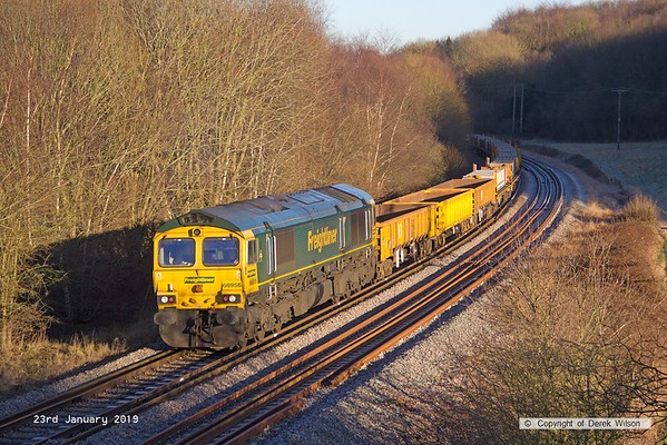 190123-035  Freightliner class 66/9 No. 66956 is seen nearing Boughton Junction, on the High Marnham Test Track, bringing up the rear of 6X08, 10:30 Toton North Yard - High Marnham (VSTP).