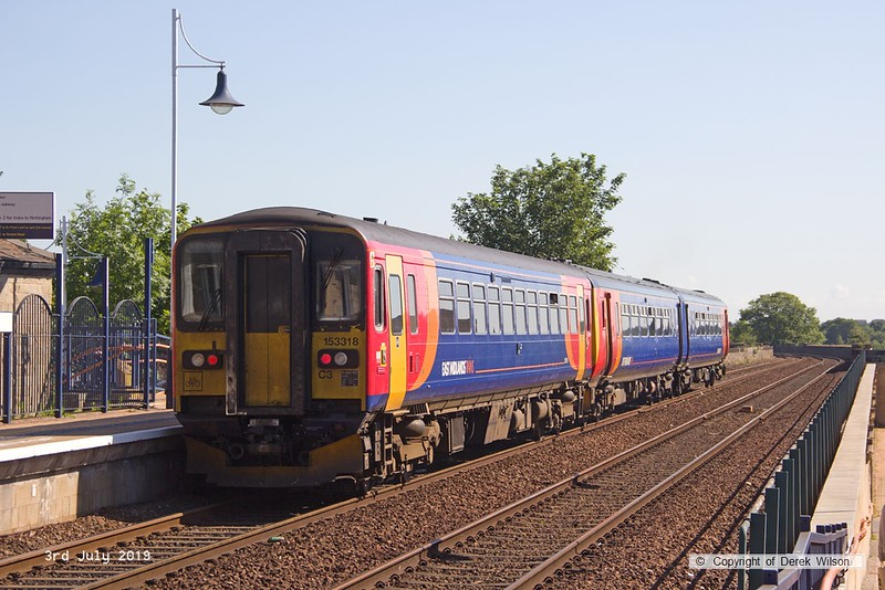 190703-001  East Midlands Trains class 156 unit No. 156473 &.153318  pulling away from Mansfield with 2H05, the 08:54 Nottingham - Mansfield Woodhouse.