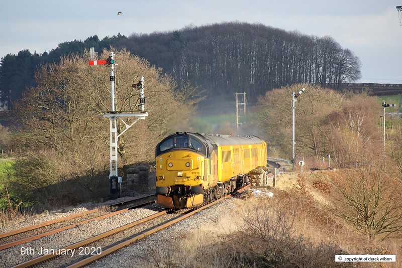 200109-001  Colas class 37 No. 37219 Jonty Jarvis is captured passing Clipstone West Junction, top & tail a test train with Network Rail's class 97 No. 97302, This has been to the test track for calibrating and is heading back to the test centre as 3Z11, 15:00 High Marnham - Derby R.T.C..