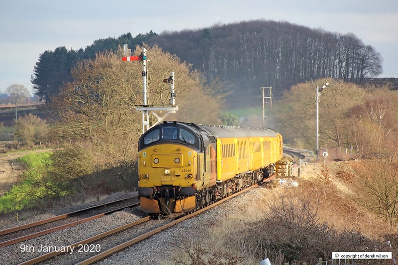 200109-003  Colas class 37 No. 37219 Jonty Jarvis is captured passing Clipstone West Junction, top & tail a test train with Network Rail's class 97 No. 97302, This has been to the test track for calibrating and is heading back to the test centre as 3Z11, 15:00 High Marnham - Derby R.T.C..