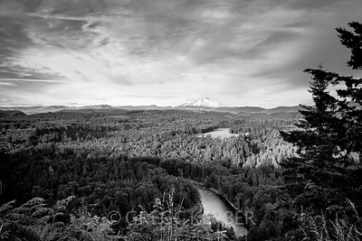 Sandy River and Mt Hood from Jonsrud Viewpoint