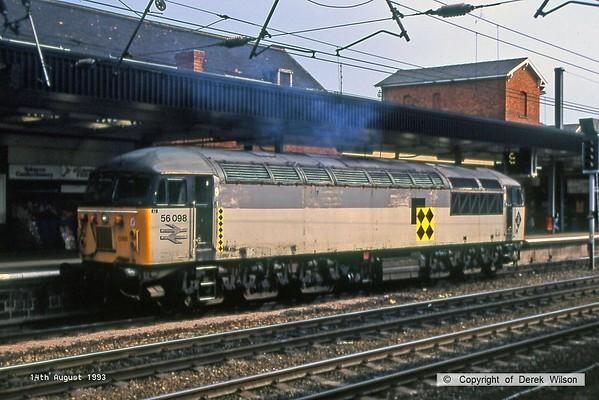 930814-001  BR coal sector class 56 No 56098 passing 'light' through Doncaster.