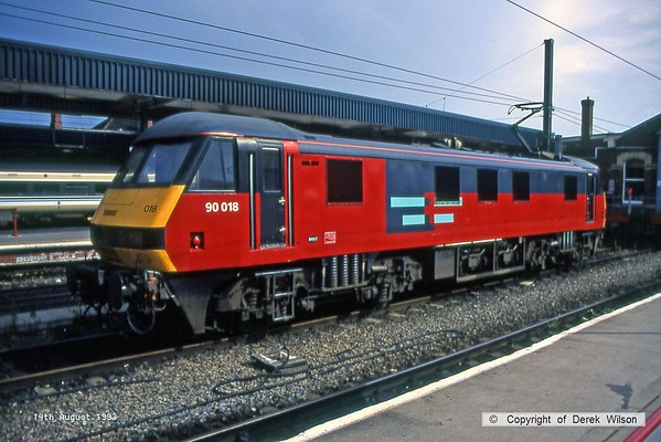 930814-002  RES (Rail Express Systems) class 90 No 90018 is seen stabled at Doncaster.