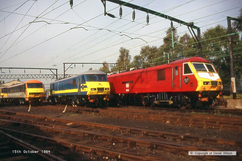 941015-008  90130 , 90128, & 90129  (Crewe electric open day,15-10-