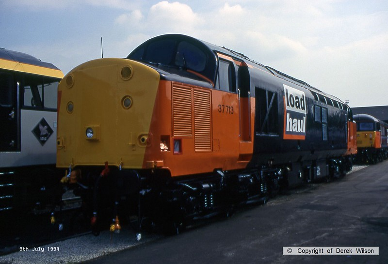 940709-003  Load Haul class 37/7 No 37713 on exhibit at Doncaster Works.