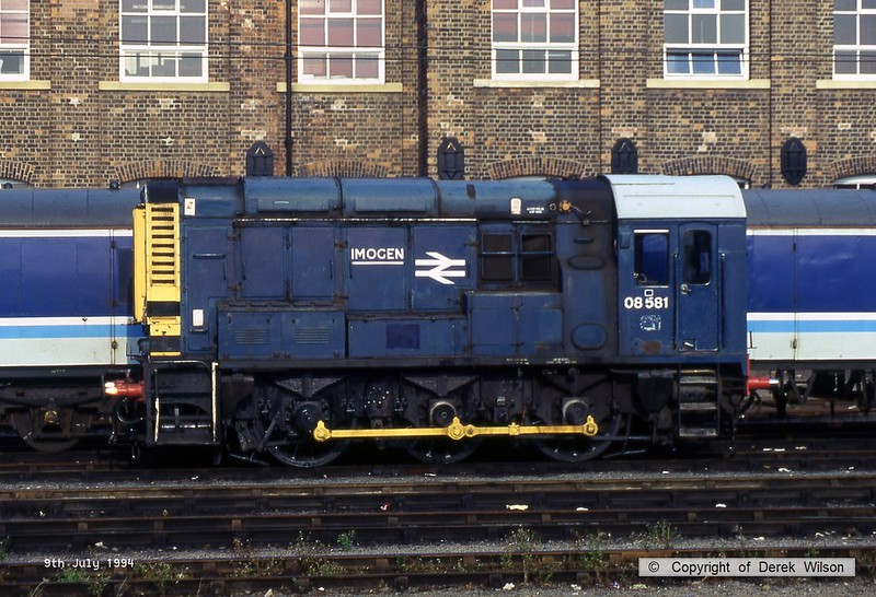 940709-001  Class 08 No 08581 Imogen at Doncaster. Built at Crewe by BR, entered traffic in July 1957 as D3748 & allocated to 86B Dumfries.