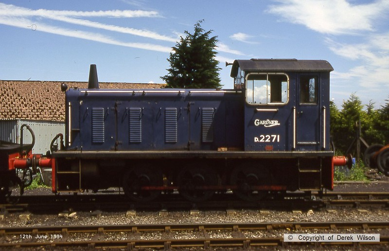 940612-002  Drewry 0-6-0 diesel shunter No D2271 at Minehead on the West Somerset Railway. This lasted just short of ten years in service with BR, entering traffic in March 1958 & withdrawn in February 1968. Designated as class 04 under the TOPS scheme, but withdrawn too soon to carry a TOPS number.
