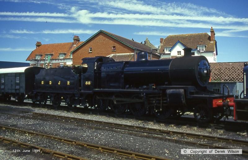 940612-001  S&DJR 7F 2-8-0 No 88 (BR 53808) at Minehead, West Somerset Railway.