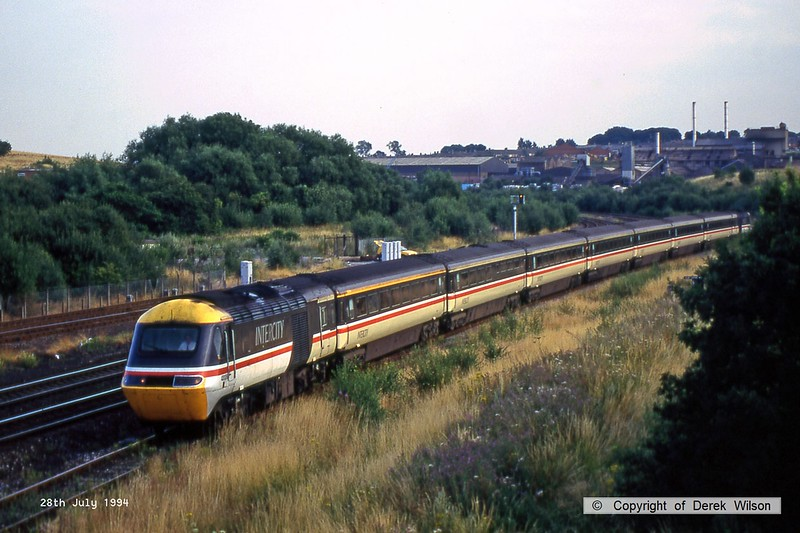 940728-004  A BR InterCity HST powered 'top & tail' by 43008 & 43007 is seen crawling along the loop at Clay Cross with a northbound service.