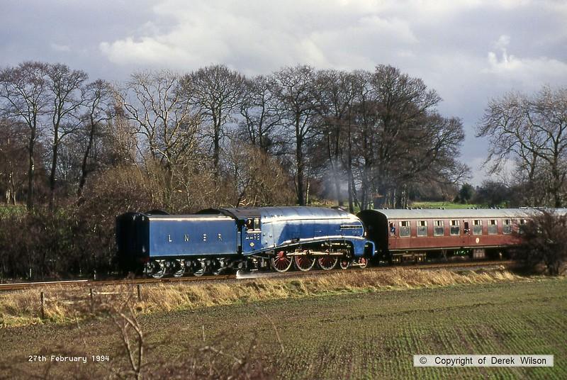 940227-019  LNER A4 4-6-2 No 4498 Sir Nigel Gresley passing Woodthorpe on the Great Central Railway.
