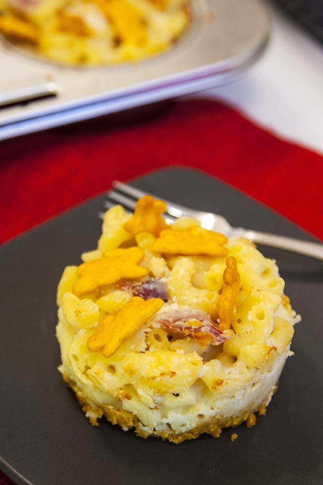 Individual Servings of Bunny Foo Foo Mac and Cheese