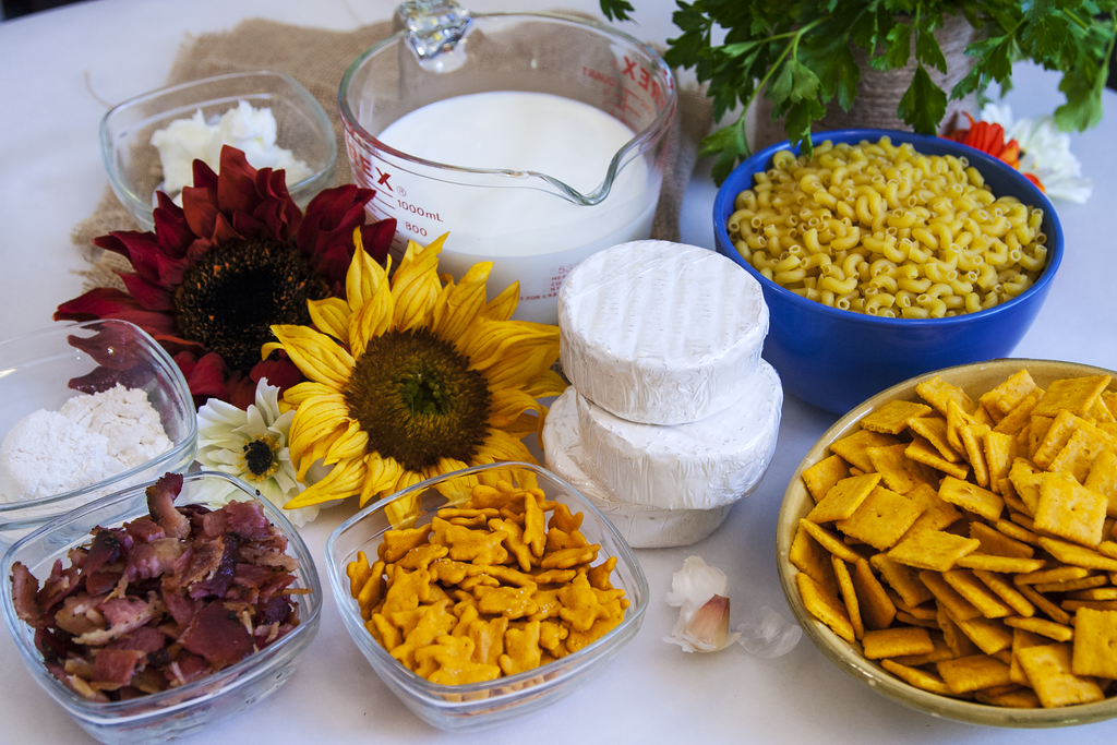 Ingredients for Gates' Bunny Foo Mac and Cheese