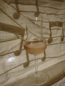Musical ginger liqueur
