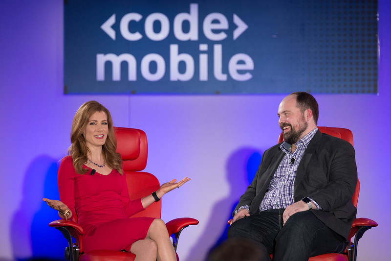 Julia Boorstin talks with theVerge's Chris Ziegler on Automotive Tech at Code/Mobile 2015