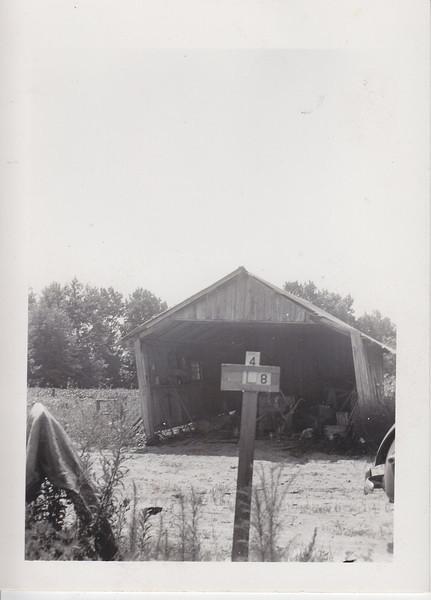 L-8 photo 1
