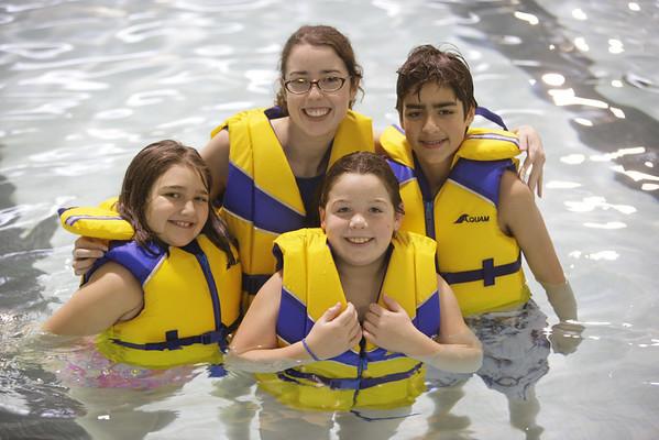 Junior Lifeguards<br /> Bonnie Doon Leisure Centre<br /> Don Hammond Photography 2008