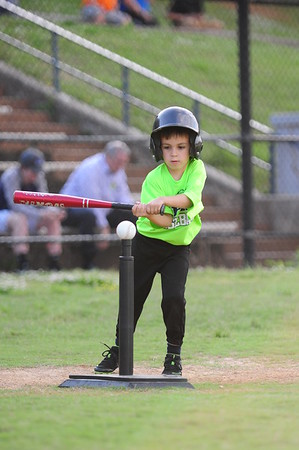 ACTION - 4-5yr - LAKE MONSTERS VS MARAUDERS