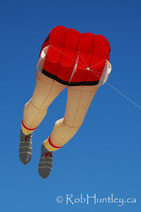 Legs kite at the 2007 Barmouth Kite Festival, Barmouth, Wales, UK. © Rob Huntley