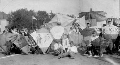 Kite Contest (01428)