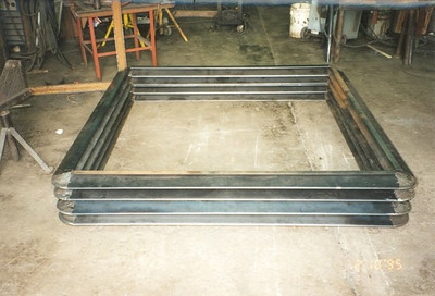 Single rectangular metal bellows