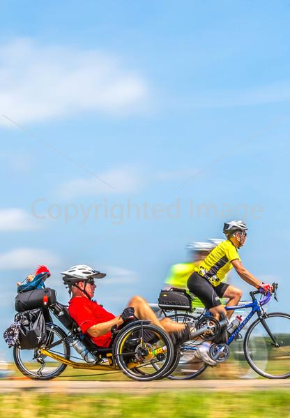 RAGBRAI 2014 - Day 1 of cross-Iowa ride, near May City - C1-0733 - 72 ppi
