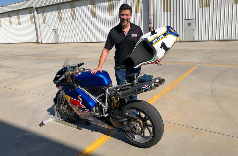 Red Bull Ducati 998RS -  (8)