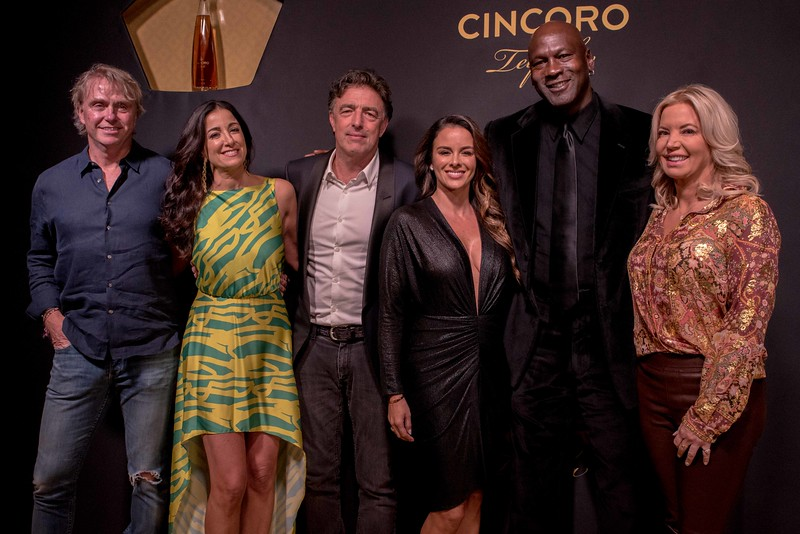 Wes Edens, Co-Owner of the Milwaukee Bucks, Emilia Fazzalari, CEO Cincoro Tequila Wyc Grousbeck, Owner of the Boston Celtics, Yvette Prieto, Michael Jordan &  Jeanie Buss, Owner of the Los Angeles Lakers