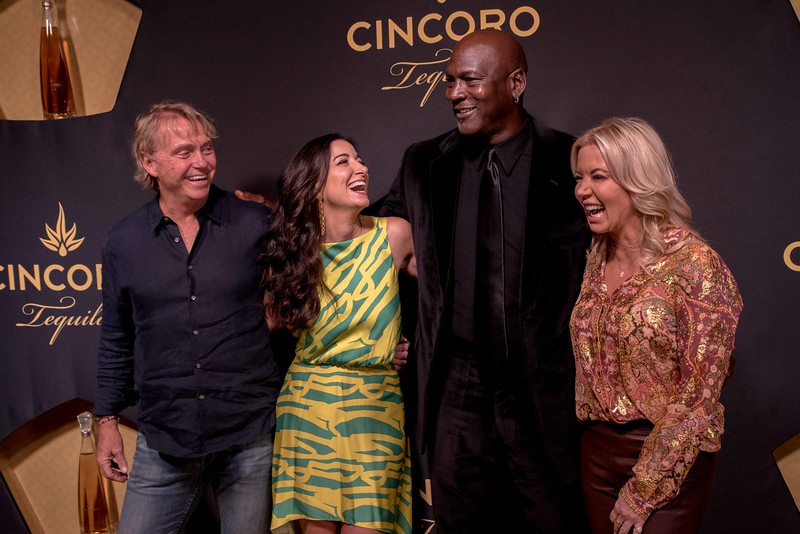 Wes Edens, Co-Owner of the Milwaukee Bucks, Emilia Fazzalari, CEO Cincoro Tequila, Michael Jordan &  Jeanie Buss, Owner of the Los Angeles Lakers