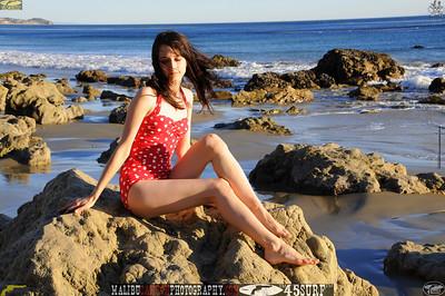 matador swimsuit malibu model 829..00...