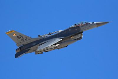 United States Air Force Lockheed Martin F-16CM 00-6035 7-20-16