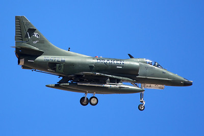 McDonnell Douglas A-4K N147EM 7-20-16