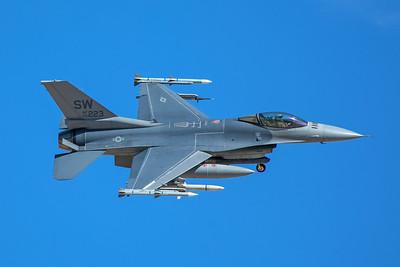 United States Air Force Lockheed Martin F-16CJ 00-0223 8-24-17