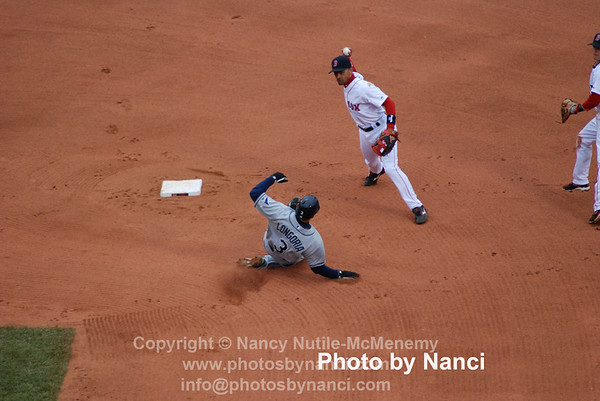 Longoria_Hinske double play