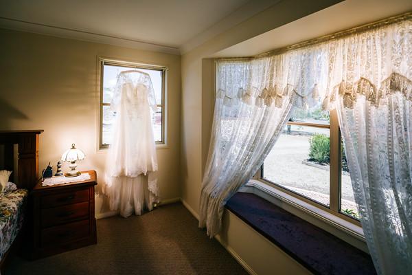 1_BnB_Bridal_prep_She_Said_Yes_Wedding_Photography_Brisbane