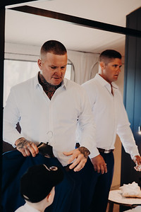 14_H+J_Groom_Prep_at_Sandstone_Point_Hotel_She_Said_Yes_Wedding_Photography_Brisbane