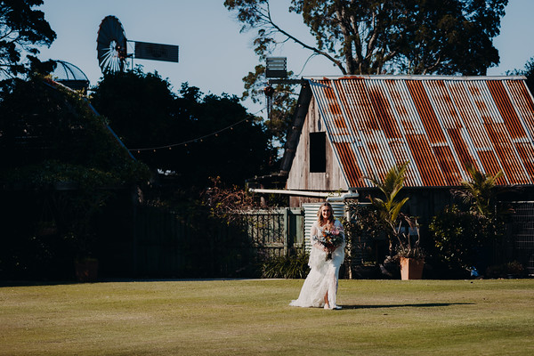 15_J+M_She_Said_Yes_Wedding_Photography_Sandstone_Point_Hotel