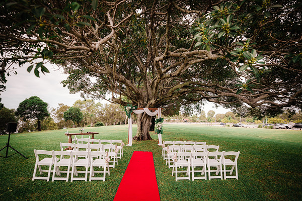 1_K+S_at_Sandstone_Point_Hotel_She_Said_Yes_Wedding_Photography_Brisbane