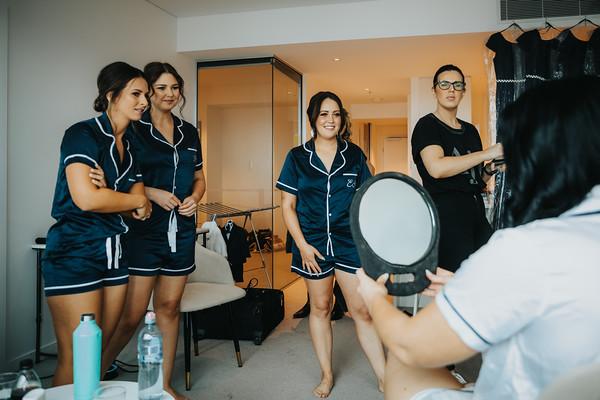 5_L+M_Bridal-Prep-at-Brisbane-Skytower_She_Said_Yes_Wedding_Photography_Brisbane
